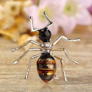 Jewelry - Black Gold Enamel Fire Ants Brooch